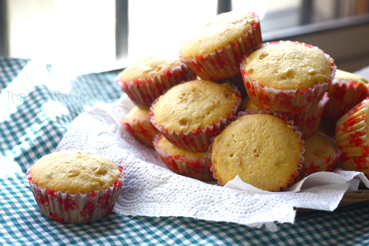 corn muffins - Honey Corn Muffins