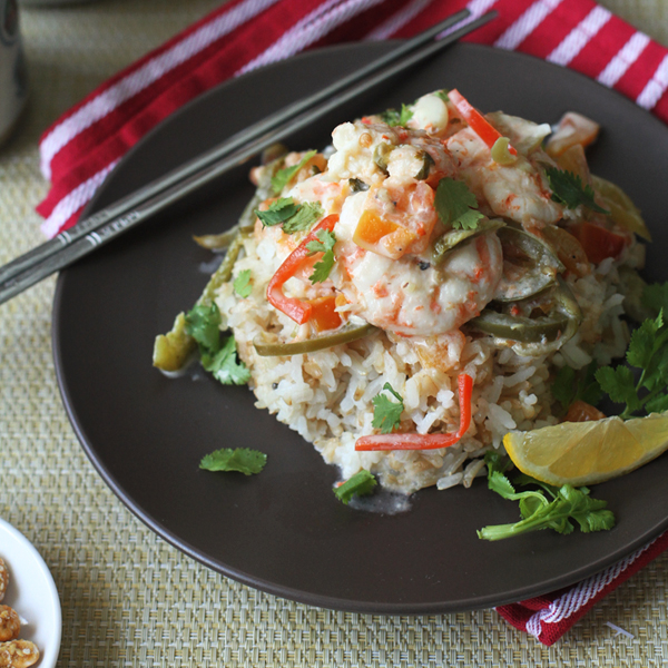 Coconut Cilantro Spicy Shrimp - Dreaming about spicy coconut milk dishes