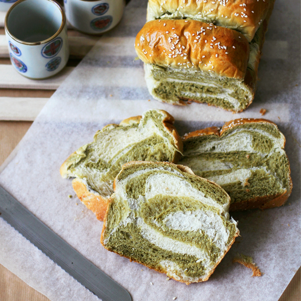 MM Bread - The pleasures of making a Matcha-Milk Tangzhong Bread [VIDEO]