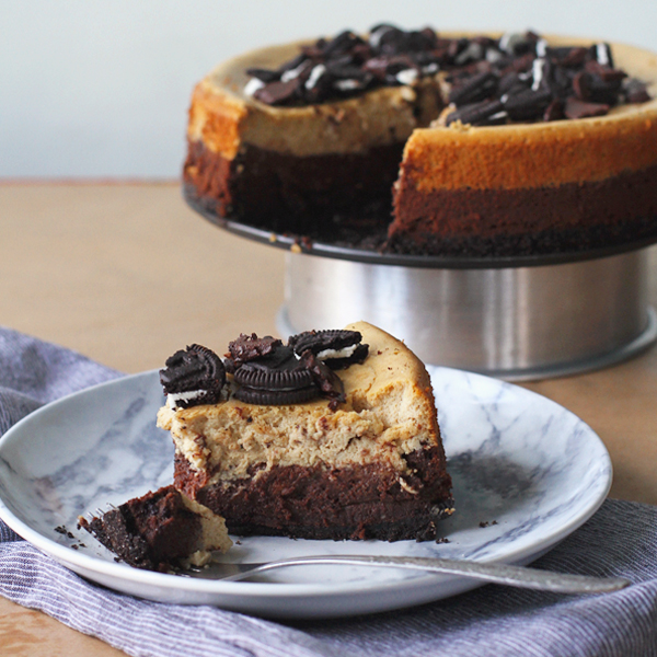 Coffee Choco Cheesecake - This Chocolate & Coffee Cheesecake is insanely good