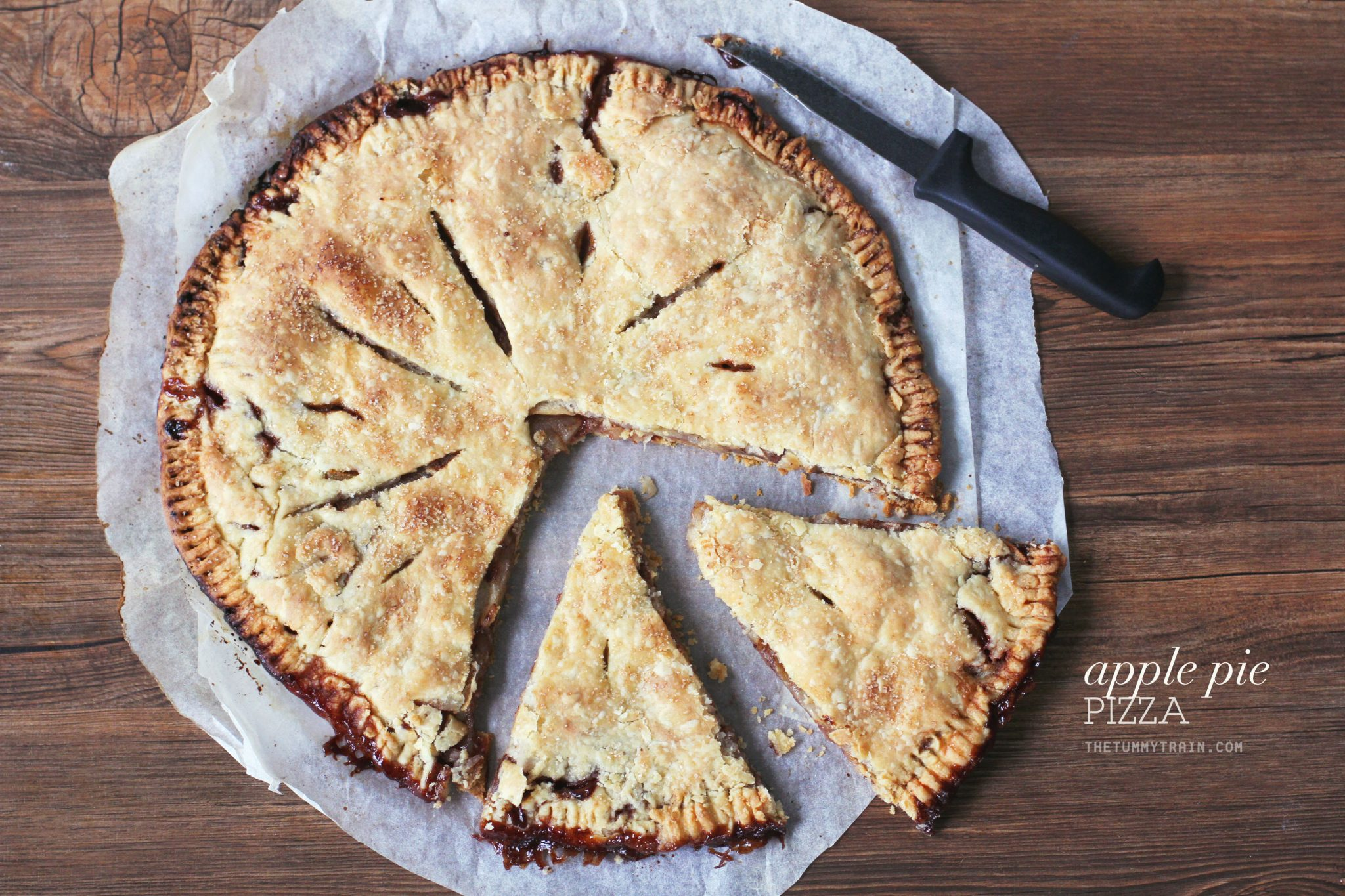 Apple Pie Pizza 1 - Let this Apple Pie Pizza capture your pizza-loving heart