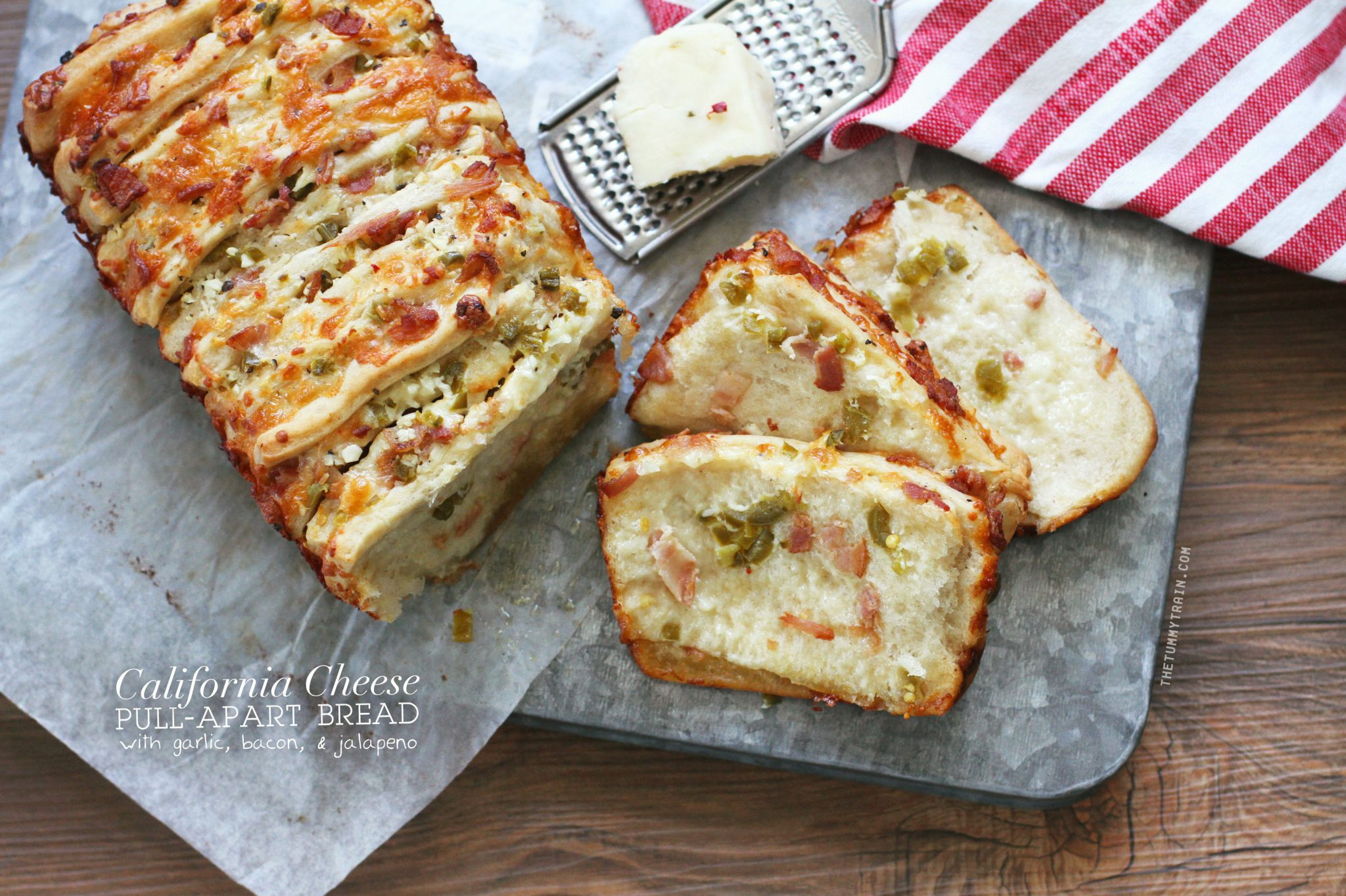 Calif Cheese 1 - #ReturnToReal California Cheese with this Cheesy Garlic, Bacon, & Jalapeño Pull-Apart Bread